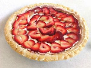 """Strawberry Cheese Pie"" by Own work - Own work. Licensed under Creative Commons Attribution 2.5 via Wikimedia Commons"